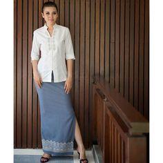 Merumas Bali: We are a batik manufacturer specialize in Bali Batik Sarong, Ikat Bali & Bali Garment for beachwear and mini skirt beachwear in hand painting, hand printing, hand stamp, tie dye and cotton batik material. Spa Uniform, Hotel Uniform, Guides Uniform, Bali, Uniform Design, Salon Design, Hotel Spa, Bar Stuff, Dresses For Work