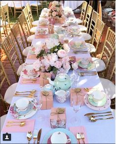 Annabelle's Bridal Shower 💗 High Tea Crockery. Annabelle's Bridal Shower 💗 High Tea Crockery & Gold Tiffany Chairs Lila Party, Girls Tea Party, Tea Party Birthday, Birthday Table, Toddler Tea Party, Spring Birthday Party Ideas, Girl Birthday, Princess Tea Party, Fiesta Shower
