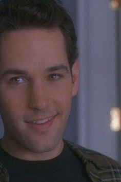 """Paul Rudd as Josh in Clueless Cher: """"Some people are not lucky enough to be as naturally adorable as you are. Paul Rudd Young, Paul Rudd Ant Man, Cast Of Clueless, Clueless 1995, Paul Rudd Clueless, Nova Jersey, Hot Guys, Beautiful Boys, Beautiful Person"""
