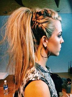 Funky hairstyle is best reflection for strong personality and incredible outlook However, it seems messy or kid of rough but it is the best way to look different and lucrative. Read this article here you will get 20 funky hairstyles for woman.  #hairstraightenerbeauty   #FunkyHairstyles   #FunkyHairstylesshort   #FunkyHairstylesmedium   #FunkyHairstylesforlonghair   #FunkyHairstylesforlonghairhalfup   #FunkyHairstylesforshorthair