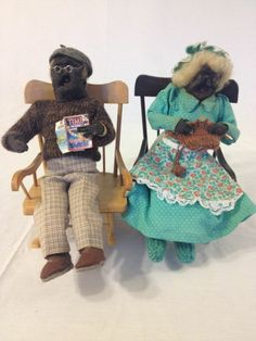 The traditional gift for the 4th Anniversary is Flowers & Fruit. It represents the future prosperity of your relationship.  What better way to say you want to grow old together than this pair in their rocking chairs.  Apple Heads are very collectible.  Apple Head Dolls Folk Factory Grandma Grandpa Hand Crafted 4th Anniversary Gift