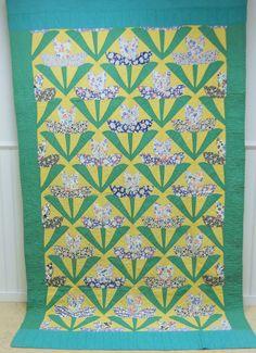 Depression Era.   Unique Tulip Quilt!   Hand Quilted.  Feedsack Fabrics.