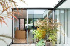 the best plant choices for a rooftop garden Outdoor Furniture Australia, Teak Outdoor Furniture, Outdoor Rooms, Outdoor Decor, Backyard, Patio, Rooftop Garden, Small Garden Design, Cool Plants