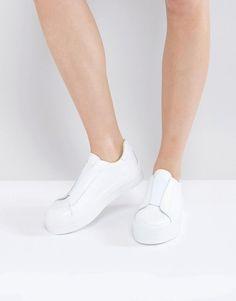 Warehouse Elastic Sneaker