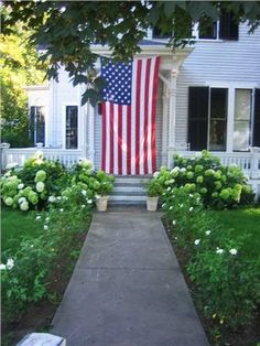 Yarmouth, Cape Cod home ready for 4th of July!