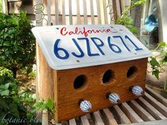 The Dale Maley Family Web Site License Plate Bird House - love these instructions for a design that doesn't fold over so you can actually see the plate! Plus there are 3 holes and 3 perches, lots of room for birds! License Plate Crafts, License Plate Art, Birdhouse Craft, Birdhouse Designs, Unique Birdhouses, Birdhouse Ideas, Bird House Plans, Bird House Kits, Bird House Feeder