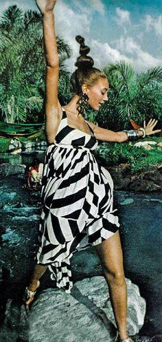 Marisa Berenson , Vogue 1967