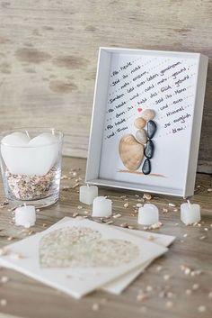DIY Bilderrahmen zur Hochzeit mit Brautpaar aus Steinen