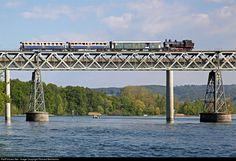 Net Photo: 9 Untitled Eb at Hemishofen, Switzerland by Richard Behrbohm Right On Track, Steam Locomotive, Switzerland, Railings, Train