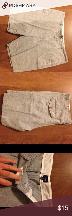 J crew men's linen shorts Excellent used condition J. Crew Shorts Flat Front