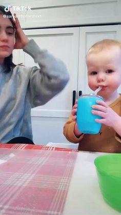 Cute Funny Baby Videos, Cute Funny Babies, Super Funny Videos, Funny Videos For Kids, Funny Video Memes, Crazy Funny Memes, Funny Short Videos, Cute Kids, Funny Vidos