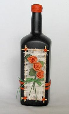 Wine bottle with Cream and Black string and button & pipe cleaner decoration . So pretty ! Recycled Glass Bottles, Glass Bottle Crafts, Wine Bottle Art, Painted Wine Bottles, Lighted Wine Bottles, Diy Bottle, Altered Bottles, Bottle Painting, Jar Crafts