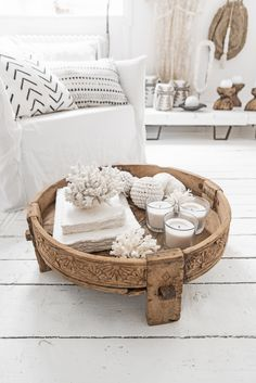 The Wild World, inspiring decor shop for a bohemian chic interior Deco Boheme Chic, Yoga Decor, Interior Styling, Interior Design, Boutique Deco, Ideas Hogar, Guest Room Office, My New Room, Living Room Decor