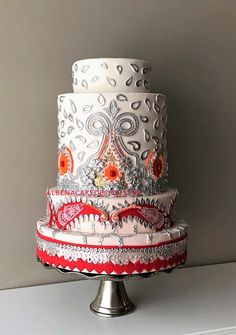 Albena's wedding cakes are unique and intricate works of art. Handmade and each more beautiful than the other. Service in Montreal, Laval, South Shore, West Island, or anywhere you need. Unique Wedding Cakes, Unique Weddings, Fashion Cakes, Custom Cakes, Cake Art, Beautiful Cakes, Elegant, Sweet, Desserts