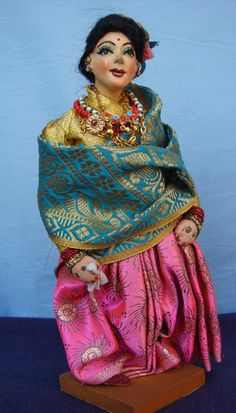Padma Shree Doll World, Preparing for Marriage Ceremony. 2013.