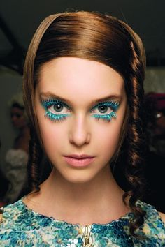 Turquoise Blue Eye Makeup #lashes #runwaymakeup