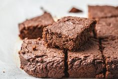 Vegán csicseriborsó-brownie: glutén-, tej-, tojásmentes recept - Dívány Brownies, Tej, Sweets, Food, Sweet Pastries, Meal, Gummi Candy, Candy Notes, Essen