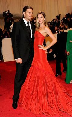 flamenco red - gisele bundchen in alexander mcqueen at 2011 met gala