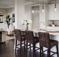 Classy Kitchen Bar Stools Addition to Your Kitchen - Home to Z Condo Kitchen, Kitchen Stools, Kitchen Redo, Kitchen Remodel, Kitchen Design, Kitchen Paint, Kitchen Island, Kitchen Cabinets, Kitchen Bar Lights