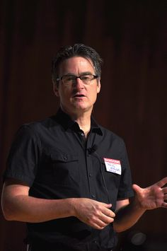 Le recrutement est à mes yeux l'une des trois fonctions les plus importantes de toute entreprise. Attention donc à ne pas la pervertir.  http://www.superception.fr/2012/04/04/la-lecon-de-management-incomplete-dun-patron-de-start-up/