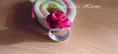 http://manualidadesherme.blogspot.com.es/2014/06/diy-hacer-anillo-de-alambre-aluminio.html