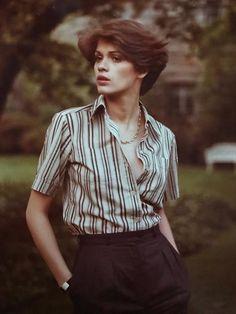Gia Carangi by Joseph Petrellis Androgynous Women, Androgynous Fashion, Androgyny, Queer Fashion, Fashion Models, Butch Fashion, Poses, Pretty People, Beautiful People