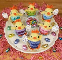 If you are looking for some Free Easter Crochet Patterns you are in the right place. We& included Easter Crochet Baskets and more. Check them out now. Easter Crochet Patterns, Crochet Bunny, Amigurumi Patterns, Crochet Animals, Crochet Crafts, Crochet Dolls, Crochet Projects, Free Crochet, Diy Projects