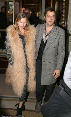 Kate Moss and Jamie Hince in Paris.  (February 2014)