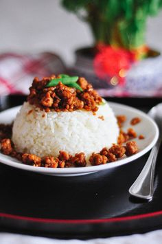 Dodgydumpling by Dawn • Singapore • Food, recipes and random photography: Taiwanese Meat Sauce Rice // Recipe