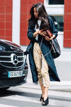 Street style at Fashion Week Haute Couture Fall-Winter 2017-2018 Paris | # StyleInspirations @SorayaElBasha
