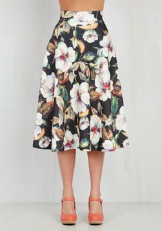 Portrayed in Portrait Skirt. If youre wondering which way to put your elegance…