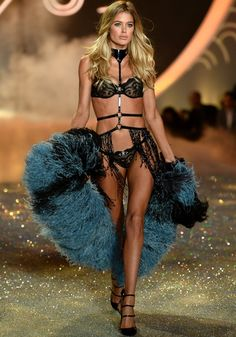 Victoriau2019s Secret Fashion Show 2015 VICTORIA S SECRET FASHION SHOW
