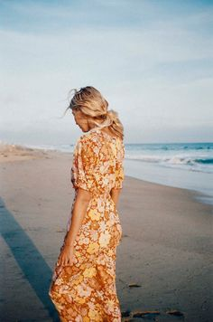 Women Lifestyle, Review Dresses, Striped Fabrics, Junior Dresses, Billabong, Style Inspiration, Style Ideas, Summer Dresses, Muted Colors