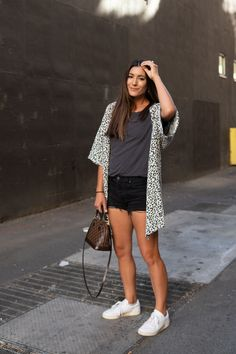 white sneakers outfit White Sneakers Outfit, How To Wear Sneakers, Kimono Outfit, Dress Skirt, Skirts, Outfits, Dresses, Fashion, Formal Skirt