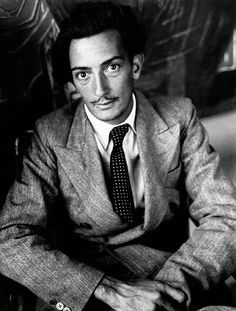 Like ballerinas, Salvador Dali was both an artist and a work of art. When not working on some of the most mind-bending surrealist paintings known to man, Dali still gets the attention of people with his outrageous public persona. Matisse, Harlem Renaissance, L'art Salvador Dali, Brassai, Reportage Photo, Karl Marx, Charles Darwin, Friedrich Nietzsche, French Photographers