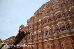 Amazing facade of Indian Palace at #Jaipur, #Rajhastan, #India     viaggio-mondo.com