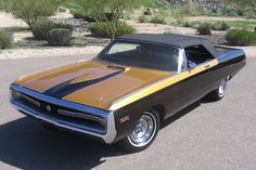 1970 Chrysler 300 Hurst : I'm not so much a convertible guy, but this is just gorgeous