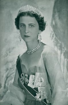Princess Marina of Greece and Denmark, Duchess of Kent and wife of Prince George, Duke of Kent, wearing the Kent City of London Fringe Tiara, United Kingdom (1870; diamonds, gold, silver). The City of London's wedding gift to Princess Marina, the tiara was originally created for Grand Duchess Vladimir.