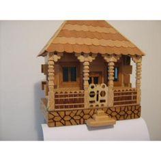 Case din lemn in miniatura