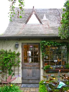 A GREAT PLACE IN CARMEL- BY -THE SEA | Once upon a time..Tales from Carmel by the Sea
