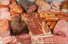 Welcome to Usinger's Deli Site! Types Of Sausage, How To Cook Sausage, Natural Spice, Cheese Curds, Milwaukee Wisconsin, Bratwurst, Fried Fish, Sausages, Cranberries
