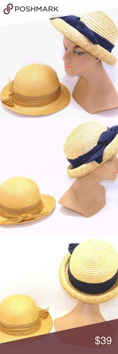 dce8d70e9ce3d Vintage straw hat lot-boater bowler womens ladies Nice lot of two vintage  straw hats