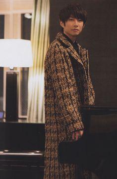 Ninomiya Kazunari, Human Poses, Men Casual, Japan, Actors, Guys, Music, People, Mens Tops