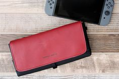 If you want a Switch case with protection and style, here is the answer. via @gaming-age | https://www.sfbags.com/products/nintendo-switch-cityslicker-case