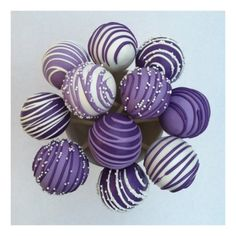 Bridal pops - By special request for a Bridal Shower to accompany a 3 tier cake in same colors. These are red velvet cake balls with Merckens candy coating. Lila Cake Pops, Purple Cake Pops, Purple Cakes, Purple Party, Purple Wedding, Purple Desserts, Wedding Cake Pops, Baby Shower Cake Pops, Velvet Cake