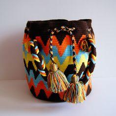 Wayuu Purse by CaritoCaró