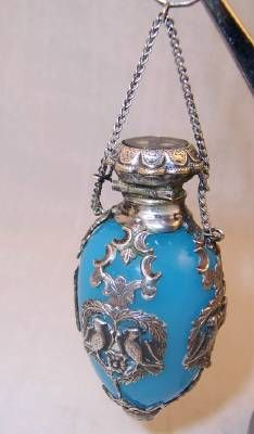 blue glass perfume scent bottle with sterling silver cap and overlay. #antique #vintage