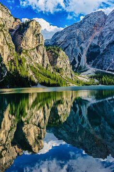 Somewhere in Italy {Photographer: Andrew Wisniewski}
