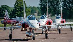 Los F-5E Tiger II del equipo nacional de acrobacias aéreas de Suiza.
