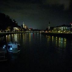 TB Salzburg  . . . . . .  #salzburg #austria #europe #riverscape #photographer #photographylovers #nightshot #nightphotography #pretty #scenic #travel #travelphotography #travelgram #roadtrip #work #iphonepic #iphone6
